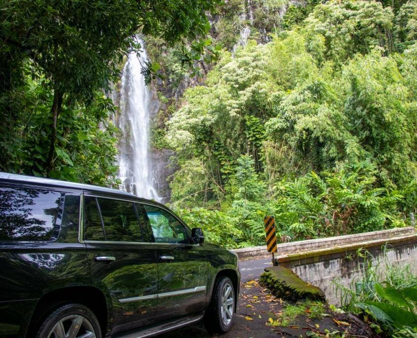 wailua falls road to hana tour escalade