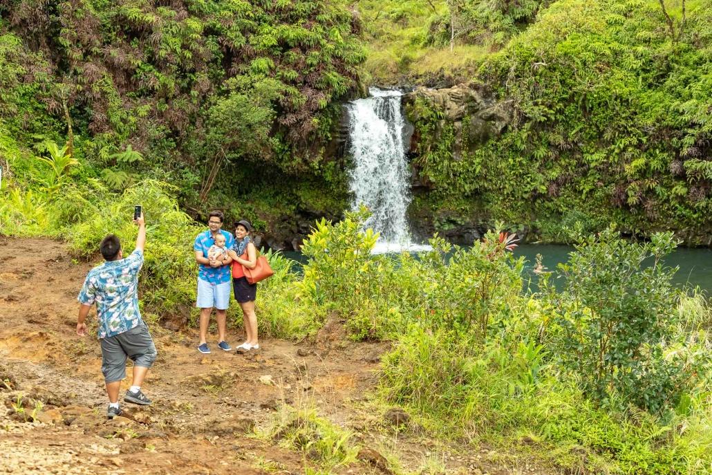 Puua Kaa Wayside Park Guide Photographing Visitors Road to Hana Maui