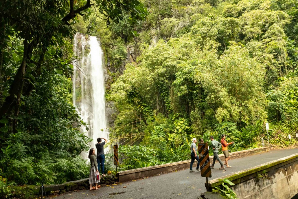 Road To Hana Watefall Visitors and Bridge Maui
